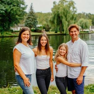 Familienshooting am Wasser