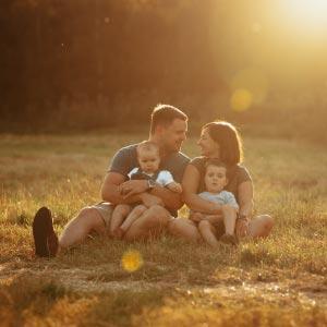 Familienshooting zum Sonnenunterngang