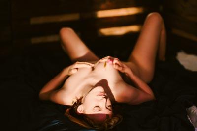 Fotostudio Aktfotos mit Sonnenlicht