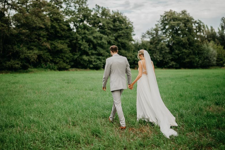 Brautpaarshooting Hand in Hand