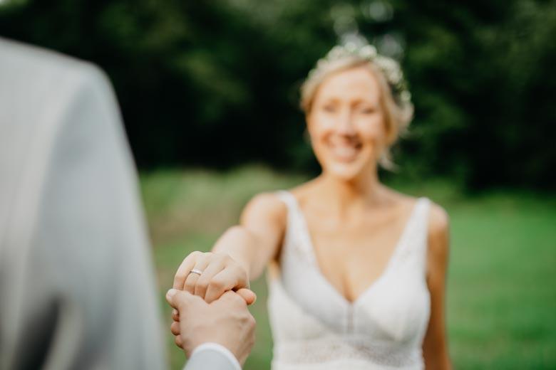 Ringe beim Hochzeitsshooting