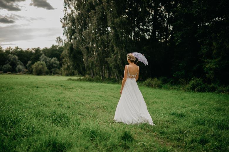 Brautfoto in der Natur