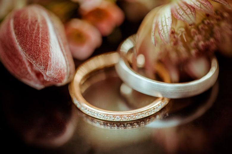Heiraten im Herbst Ringe