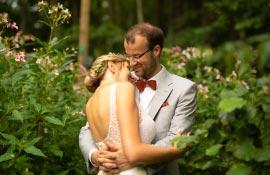 Hochzeitsfotograf Berlin beim Brautpaarshooting
