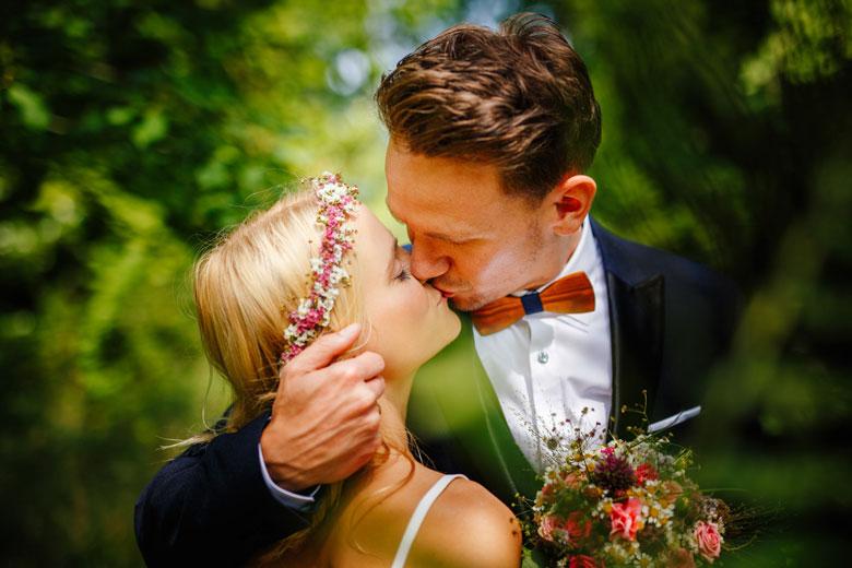 Hochzeitsfotos auf der Schlossinsel Berlin Köpenick Paar